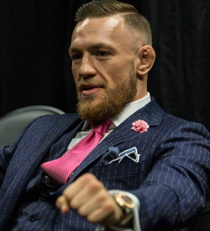 conor-mcgregor-fck-you-suit