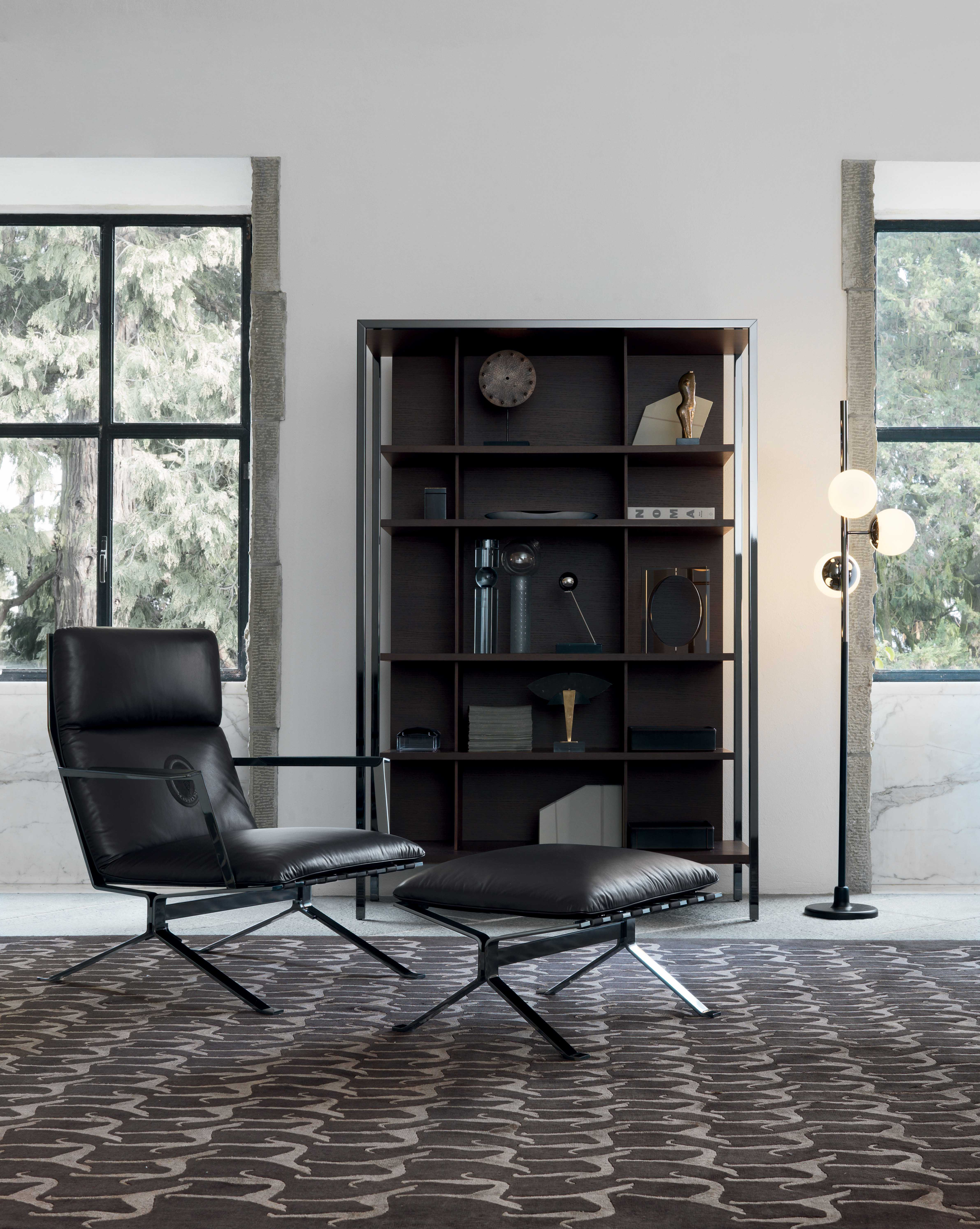 tr_sit_414_armchairs__footstool_bridge_bookshelf__greyhound_rug