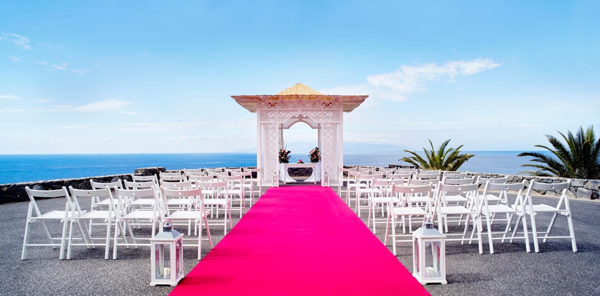 wedding_setup_-_funicular_terrace