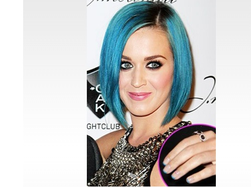 Katy-Perry-French-Manicure